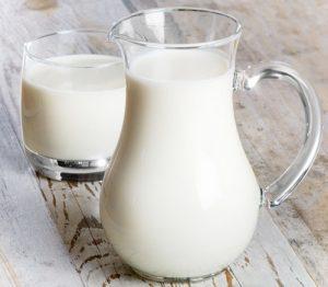 cách làm trắng da, làm trắng da bằng nước dừa, da trắng bóc
