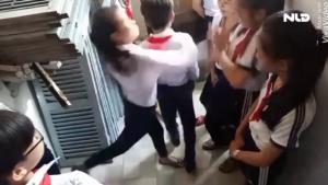 nữ sinh đánh nhau, nhóm nữ sinh đánh bạn