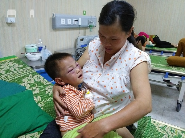 xót xa nỗi lòng của bà mẹ có con 3 tuổi bị chồng mới bạo hành