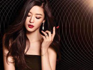 Bí quyết chăm sóc da của Jun Ju Huyn