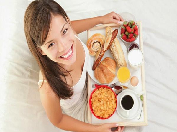 Mách bạn thời điểm ăn bữa sáng và bữa trưa tốt nhất