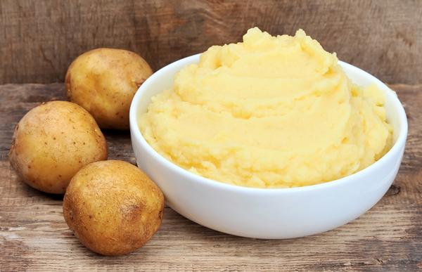 Mẹo dưỡng trắng da mặt bằng khoai tây an toàn, hiệu quả