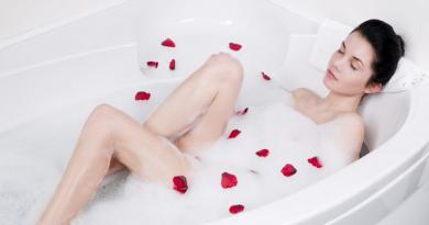 4 Cách tắm trắng tại nhà đơn giản, chị em hãy bỏ túi ngay