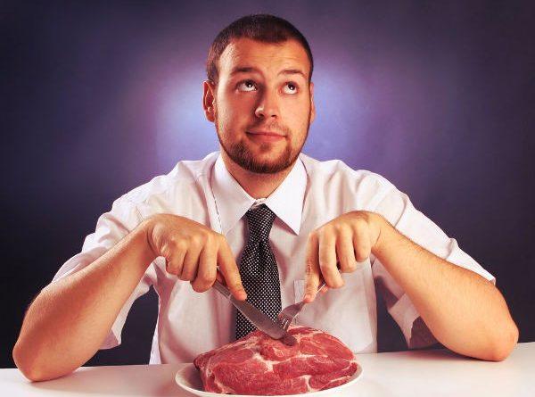 Ăn quá nhiều thịt, thói quen hại gan cần lưu ý