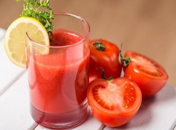Cách trị mụn mủ tại nhà bằng cà chua