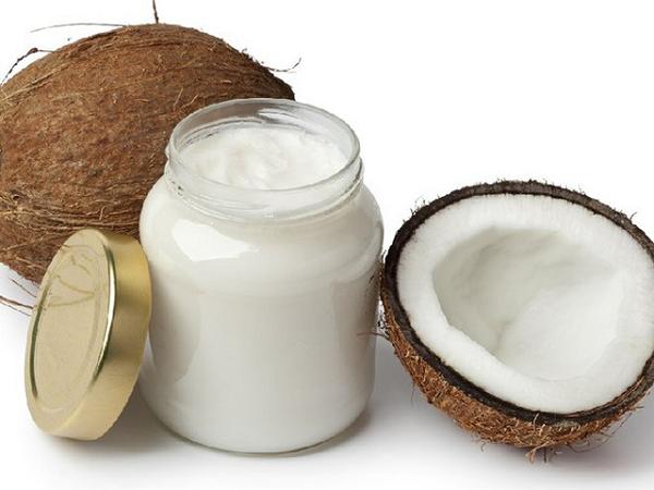 Cách trị nám da mặt hiệu quả bằng dầu dừa