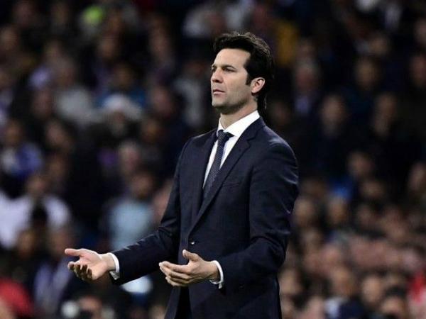 HLV Real phát biểu gì sau trận thua sốc trước Ajax