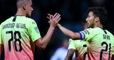 Thắng nhẹ, Pep Guardiola hết lời ca ngợi bộ đôi sao trẻ Man City