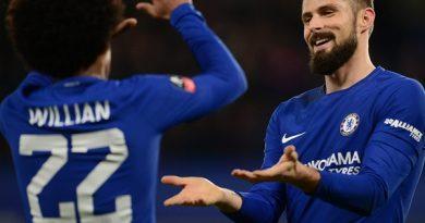 Tin bóng đá chiều 27/4: Chelsea lại bế tắc trong việc giảm lương