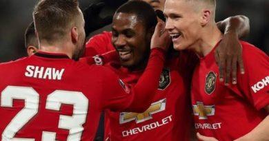 Tin bóng đá MU 13/4: Cần 4 bản hợp đồng để bắt kịp Liverpool