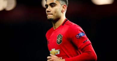 Tin bóng đá MU 13/7: Ole lên kế hoạch giữ chân Pereira