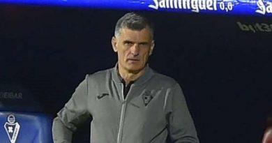 Tin thể thao 25/12: HLV Eibar vẫn cay cú chưa bỏ qua cho Real