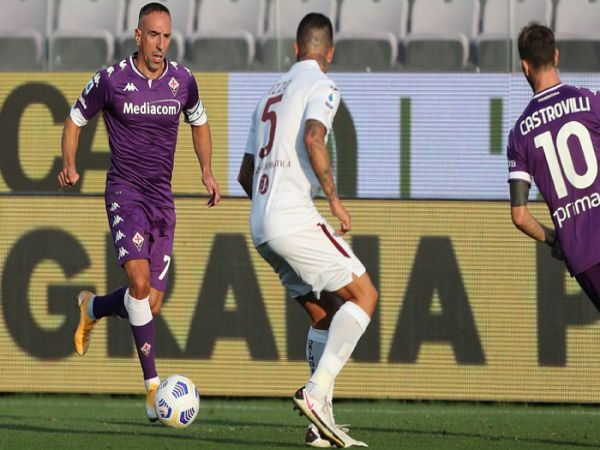 Soi kèo Fiorentina vs Spezia, 00h30 ngày 20/2 - Serie A